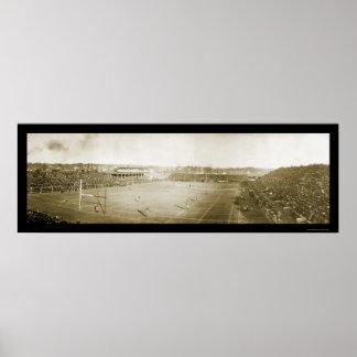 Michigan contra la foto 1905 del fútbol de Wiscons Poster
