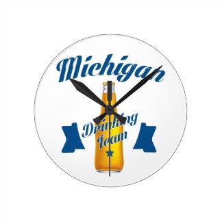 Michigan Drinking team Round Clock