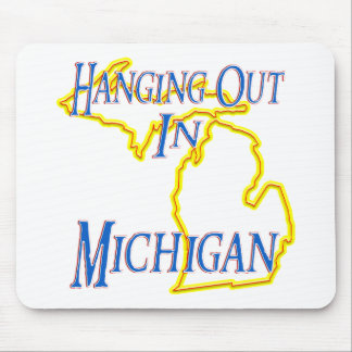 Michigan - Hanging Out Mouse Pad