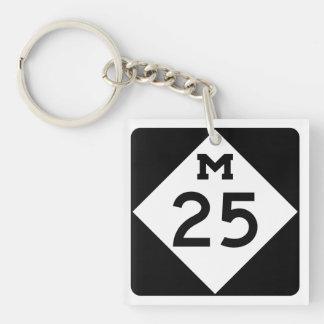 Michigan M-25 Llavero Cuadrado Acrílico A Doble Cara