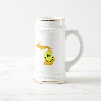 Michigan Smiley Face 18 Oz Beer Stein