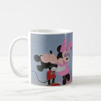 MICKEY AND MINNIE LOVE COFFEE MUG