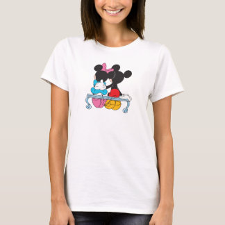 Mickey and Minnie Mouse valentine's day on bench T-Shirt