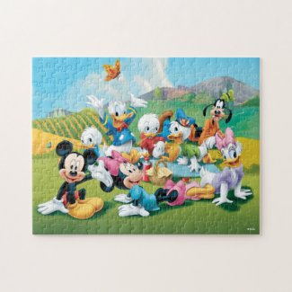 Mickey & Friends Have A Picnic Jigsaw Puzzle