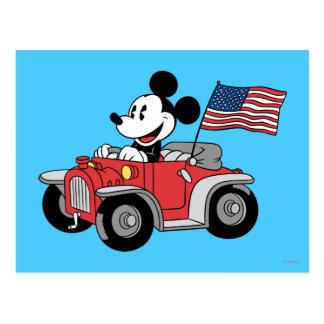 Mickey Mouse patriótico en convertible rojo Tarjetas Postales