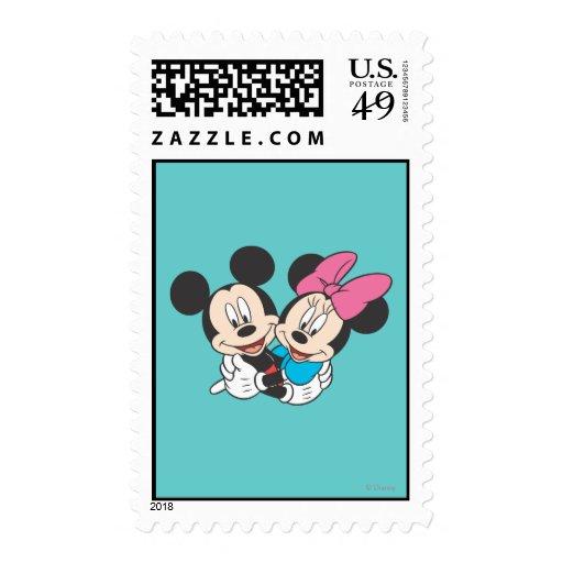 Mickey Mouse y abrazo de Minnie Franqueo