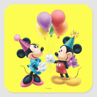 Mickey Mouse y cumpleaños de Minnie Calcomania Cuadrada Personalizada