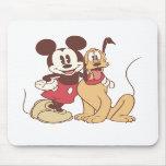 Mickey Mouse y Plutón Alfombrillas De Ratones