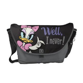 Mickey principal pone en cortocircuito el pato de bolsa messenger