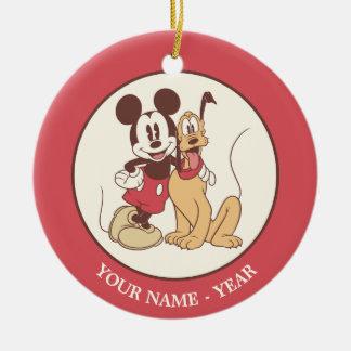 Mickey y amigos el | Mickey y Plutón clásicos Adorno Navideño Redondo De Cerámica