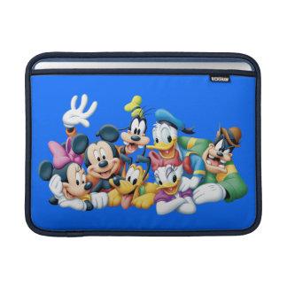 Mickey y amigos el | que se arrodilla fundas MacBook