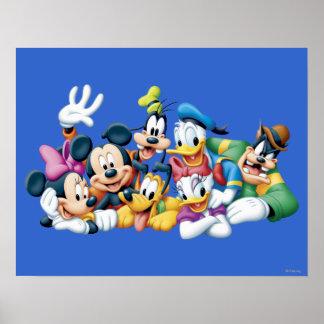 Mickey y amigos el | que se arrodilla póster