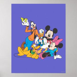Mickey y amigos el | que se inclina póster