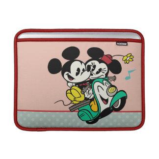 Mickey y Minnie 2 Funda MacBook