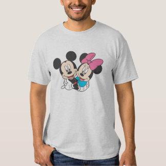 Mickey y Minnie el | que abraza Poleras