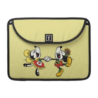 Mickey y Minnie que llevan a cabo las manos Funda Macbook Pro