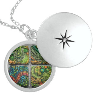 MICRODOT MYSTIC CHARM ROUND LOCKET NECKLACE