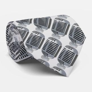Micrófono de plata, música corbatas