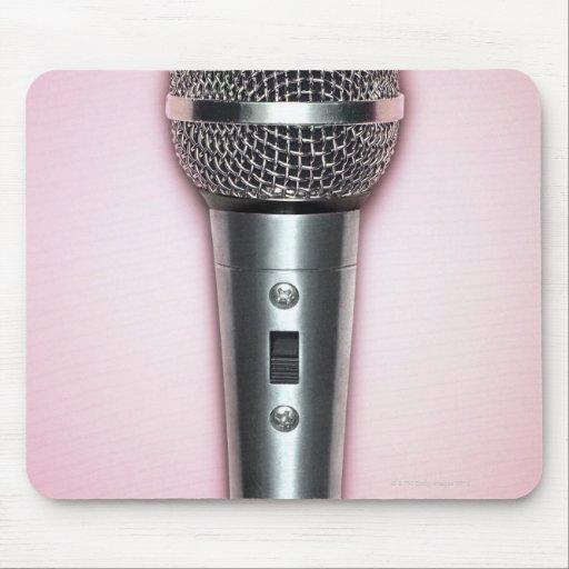Micrófono del cromo tapete de ratones