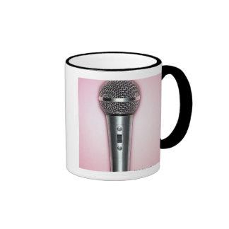 Micrófono del cromo taza