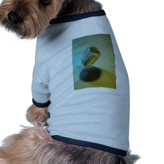 Micrófono del vintage camiseta de perro