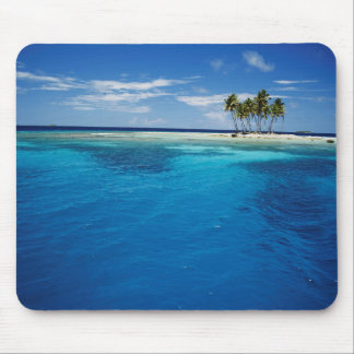 Micronesia, Tonowas, View of idyllic tropical Mouse Pad