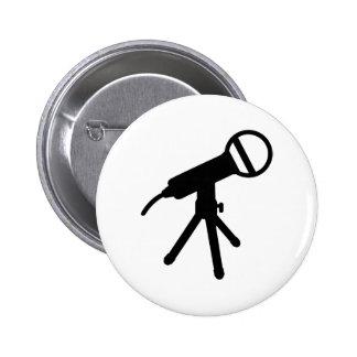 Microphone press pinback button
