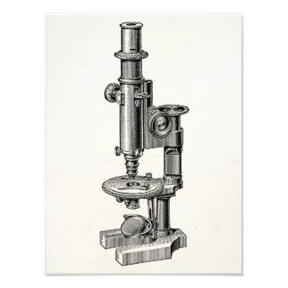 Microscopio antiguo viejo de la ciencia de los mic foto