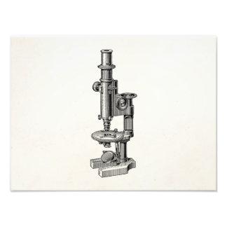 Microscopio antiguo viejo de la ciencia de los mic arte con fotos