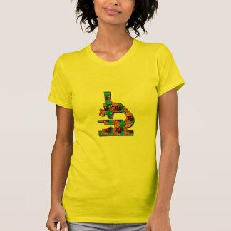 Microsope modelado floral camiseta