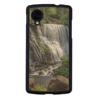 MIDDLE FALLS ON THE McCLOUD Carved® Maple Nexus 5 Slim Case