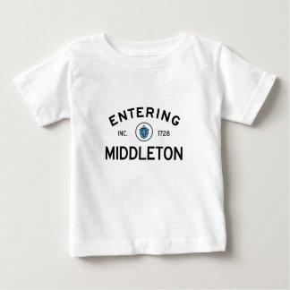 Middleton que entra playera de bebé
