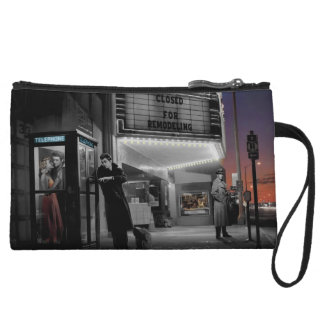 Midnight 2 wristlet