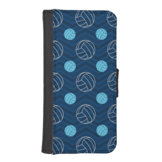 Midnight, Sky Blue, Tan, Volleyball Chevron iPhone SE/5/5s Wallet Case