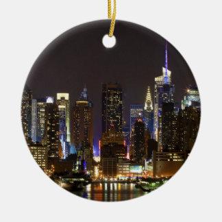 Midtown Manhattan según lo visto de Weehawken NJ Adorno Navideño Redondo De Cerámica