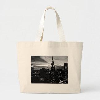 Midtown negro y blanco de New York City Bolsas De Mano
