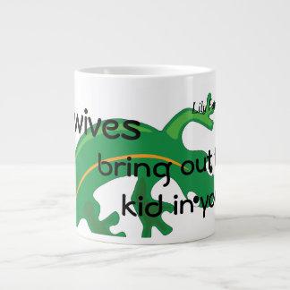 Midwives and Green Lizard Twist Giant Coffee Mug