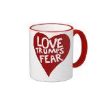 Miedo de los triunfos del amor taza de café
