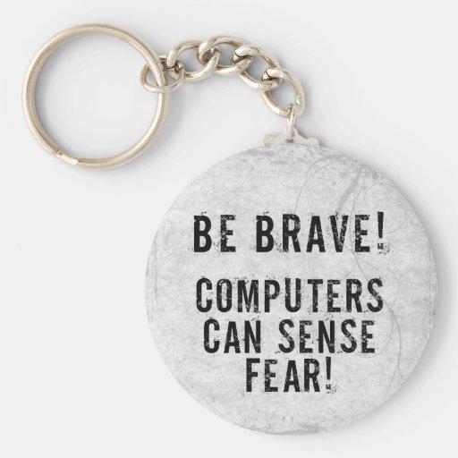 Miedo del ordenador llavero redondo tipo pin