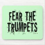 Miedo divertido el regalo de las trompetas tapete de raton