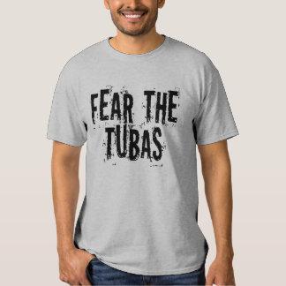 Miedo divertido la camiseta de las tubas playera