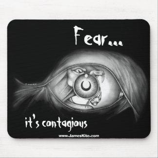 Miedo: Es contagioso Tapetes De Ratón