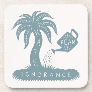 Miedo + Ignorancia = odio Posavasos De Bebidas