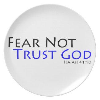 Miedo no, dios de la confianza plato de cena