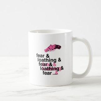 Miedo y repugnancia taza