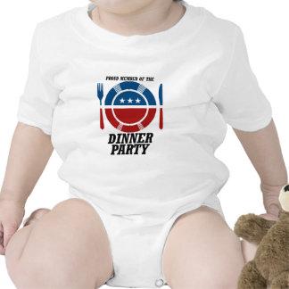 Miembro de la cena Party.png Trajes De Bebé