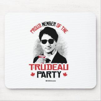 Miembro del fiesta de Trudeau - .png Alfombrilla De Raton