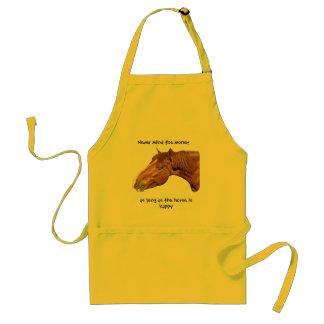 Mientras el caballo sea feliz delantales