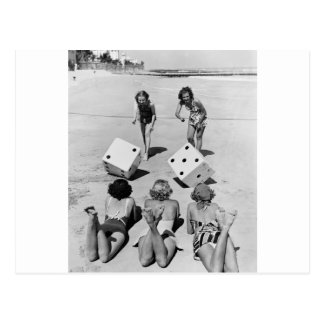 Mierdas en la arena, los años 40 postal