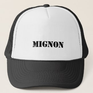 mignon trucker hat